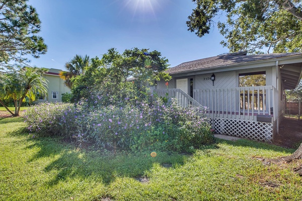 Exterior photo for 2526 37th Ave N St Petersburg fl 33713