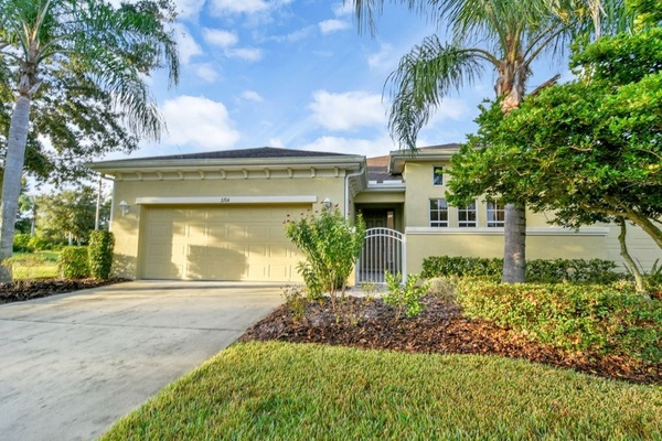 Exterior photo for 2204 Sifield Greens Way Sun City Center fl 33573