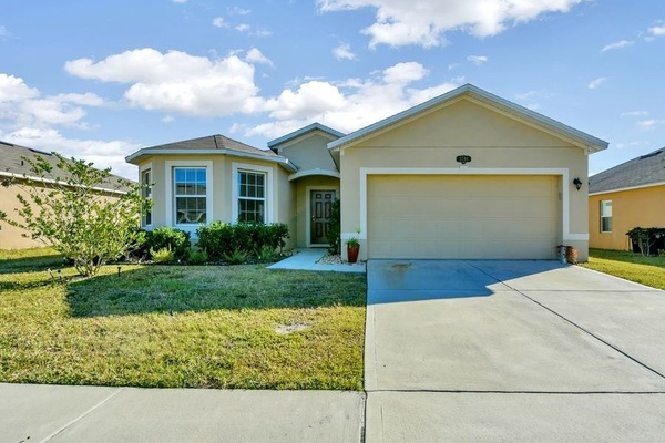 Exterior photo for 1784 Van Gogh Dr Auburndale fl 33823