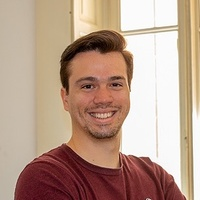 Oscar Vicente Gonzalez Greco, senior Ios apps development developer for hire