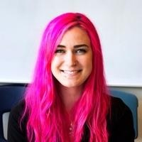 Tara Knutsen, Graphic design freelance coder