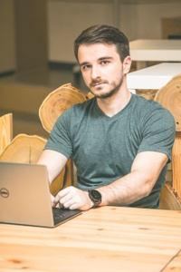 Dragos Mihai Dinu, Angular (2/4) freelancer and developer