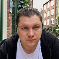 Maksim Bazarov, senior Swift 2 developer