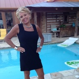 Lisa W. - Seeking Work in Destin
