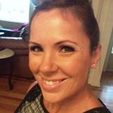 Laura M. - Seeking Work in Lake Forest