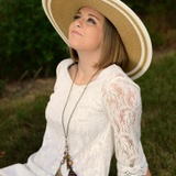 Laura B. - Seeking Work in The Woodlands