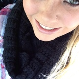 Courtney R. - Seeking Work in Universal City