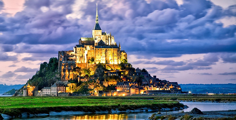 Paris, Chartres, Mont St Michel, Giverny, France