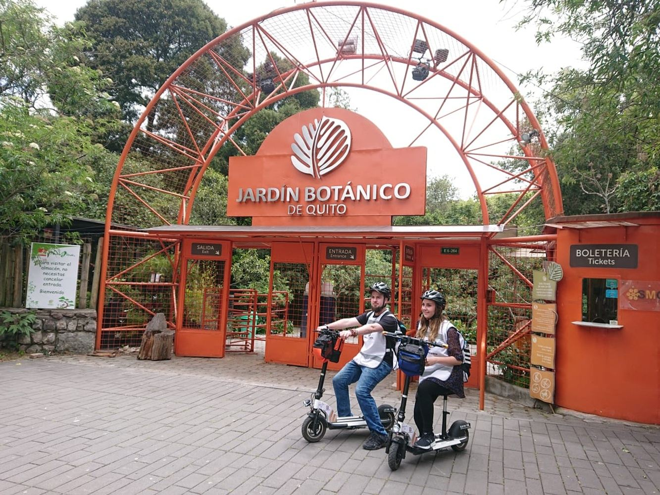 Scooter Tour Botanical Garden of Quito
