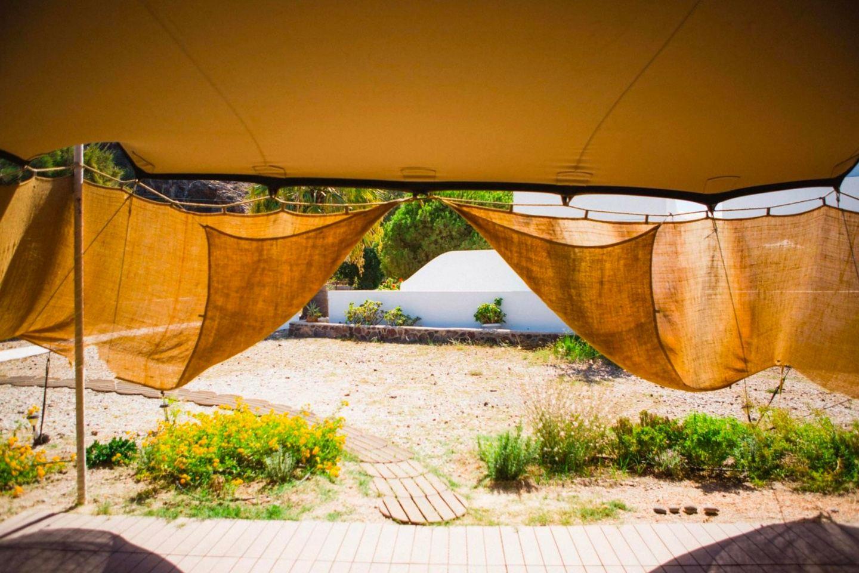 Yoga & Mindfulness in Santorini!