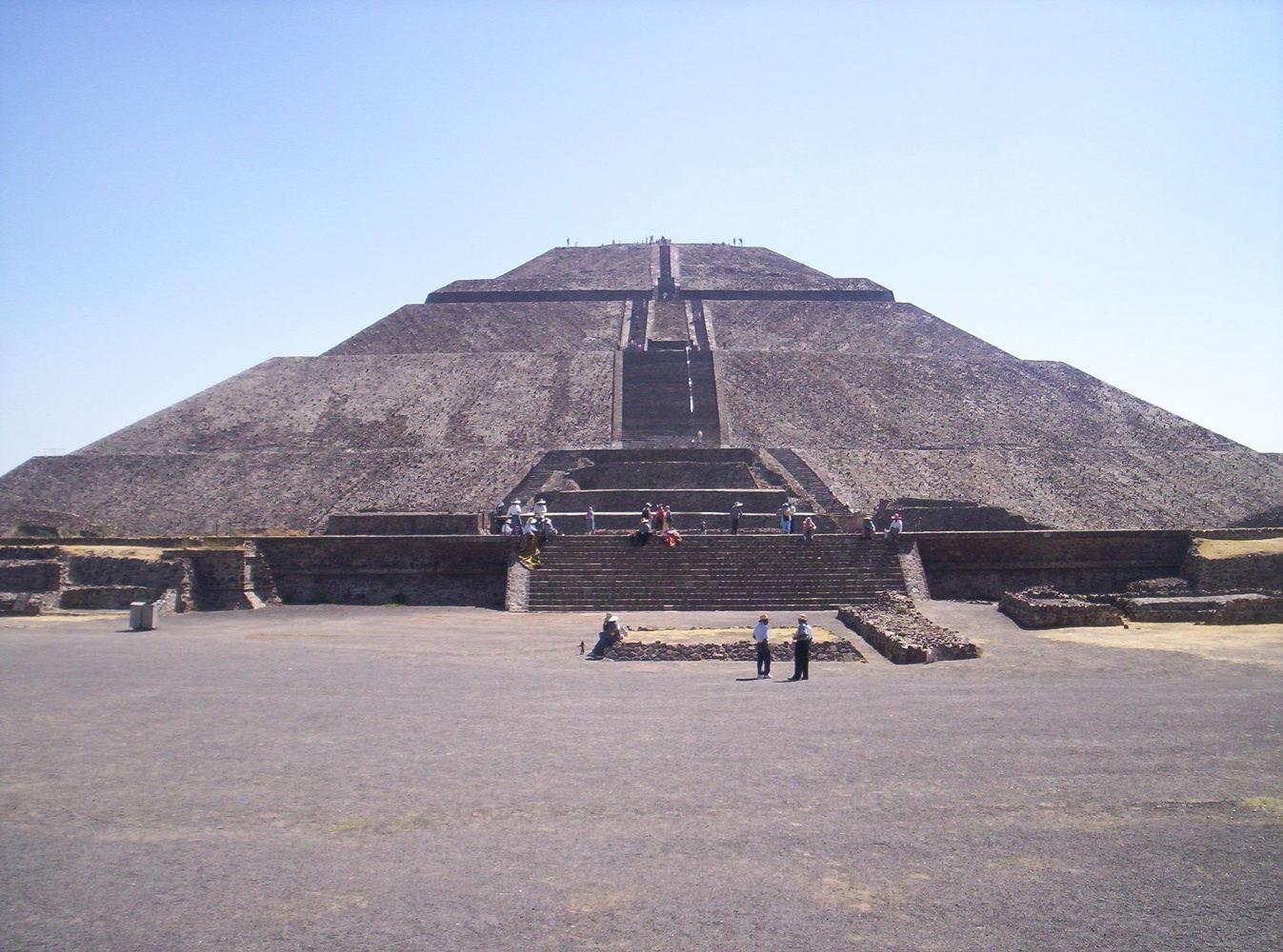 Mexico City - Tehotihuacan Piramids