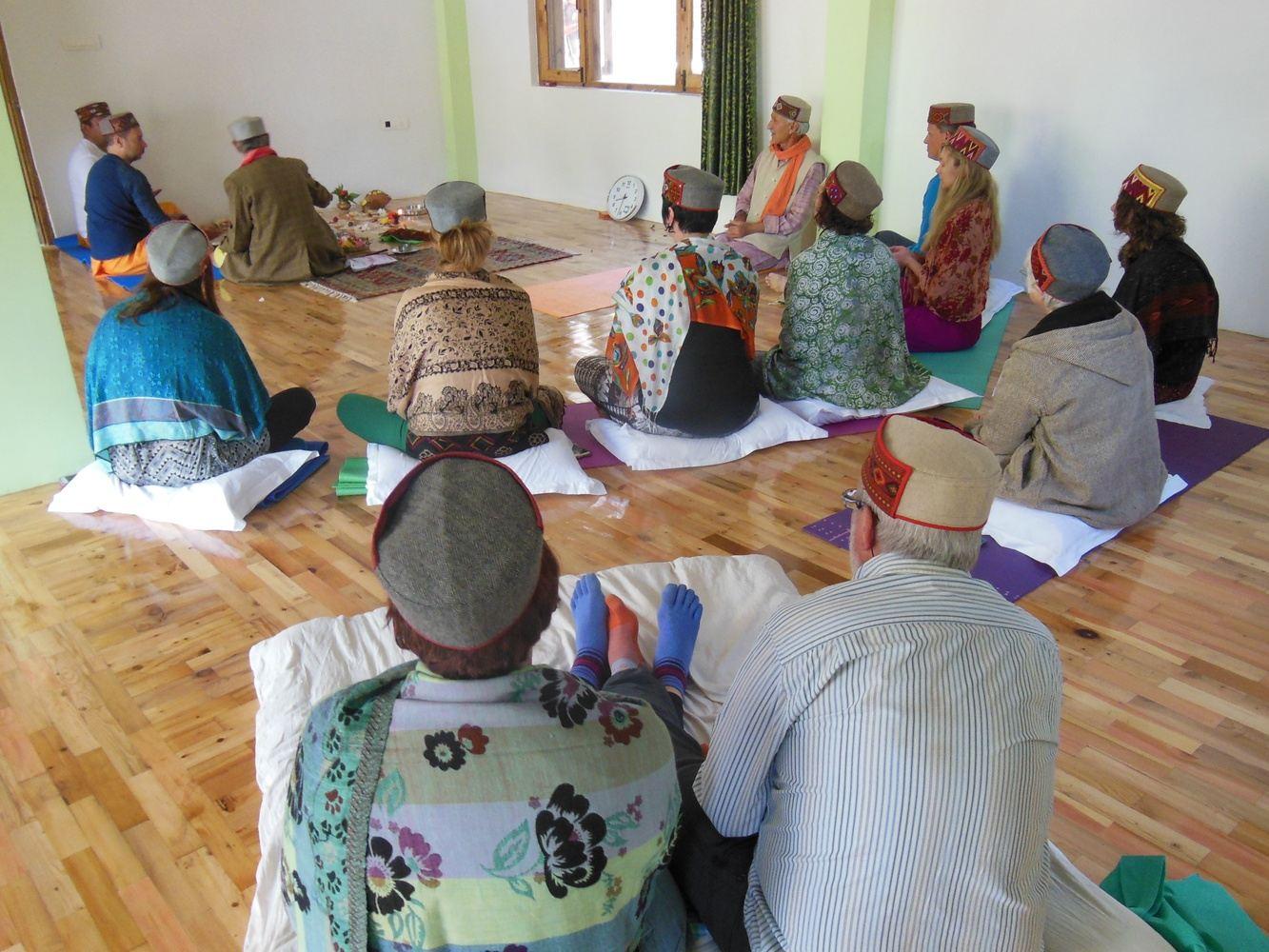 Yoga retreat in Manali