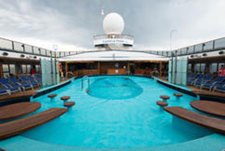 Exotic Independence Cruise