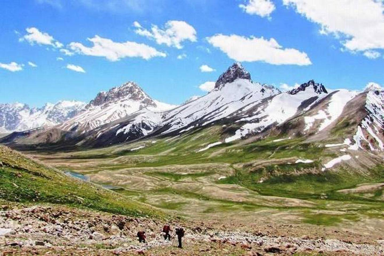 Trekking tour to Shimshal Bemisal, Shimshal Pass