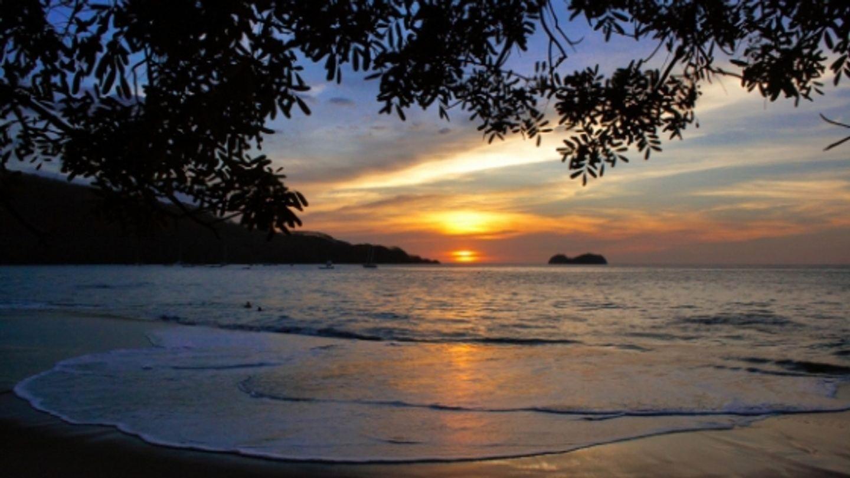 NATURAL RHYTHMS: Yoga & Ayurveda in Costa Rica