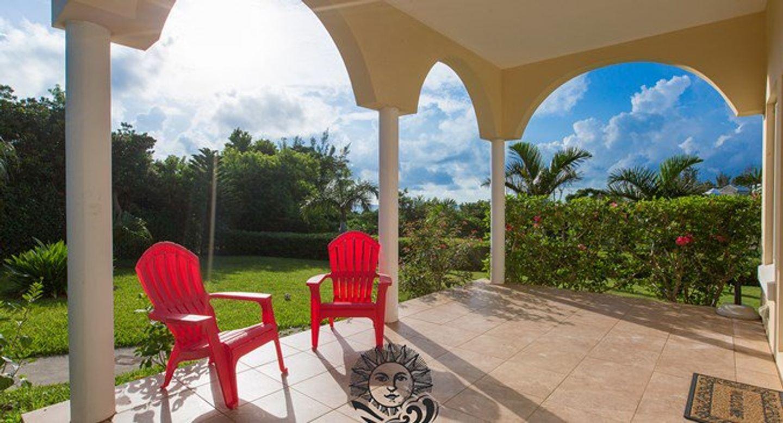 Bermuda: Yoga & Chill
