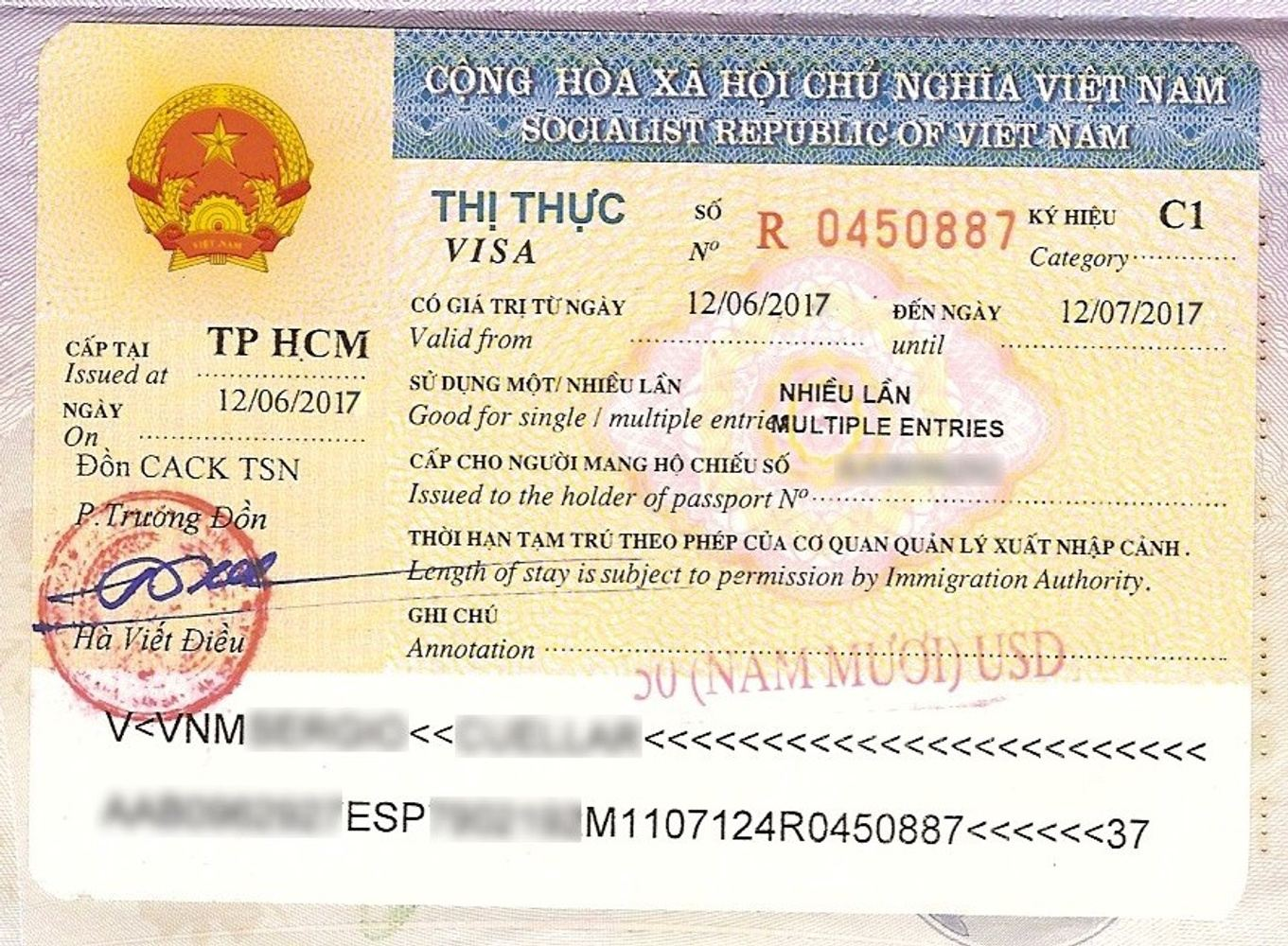 Vietnam VISA + Tour Assistance Headphone