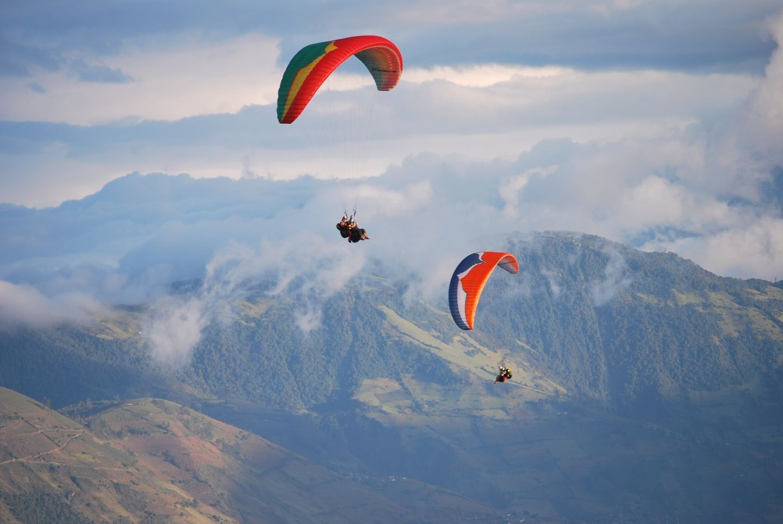 Paragliding Banos