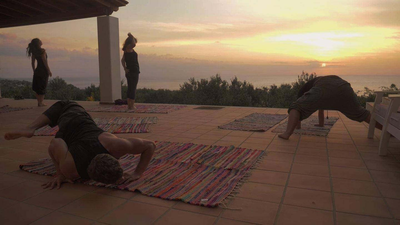 self exploring and rebalancing retreat