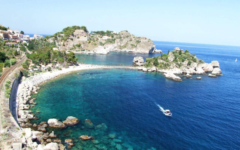 Vino + Yoga Retreat to Sicily