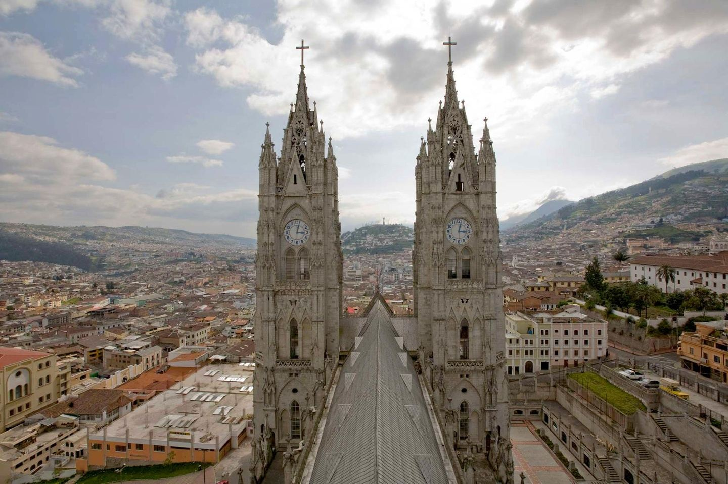 Visit Quito and Galapagos Islands