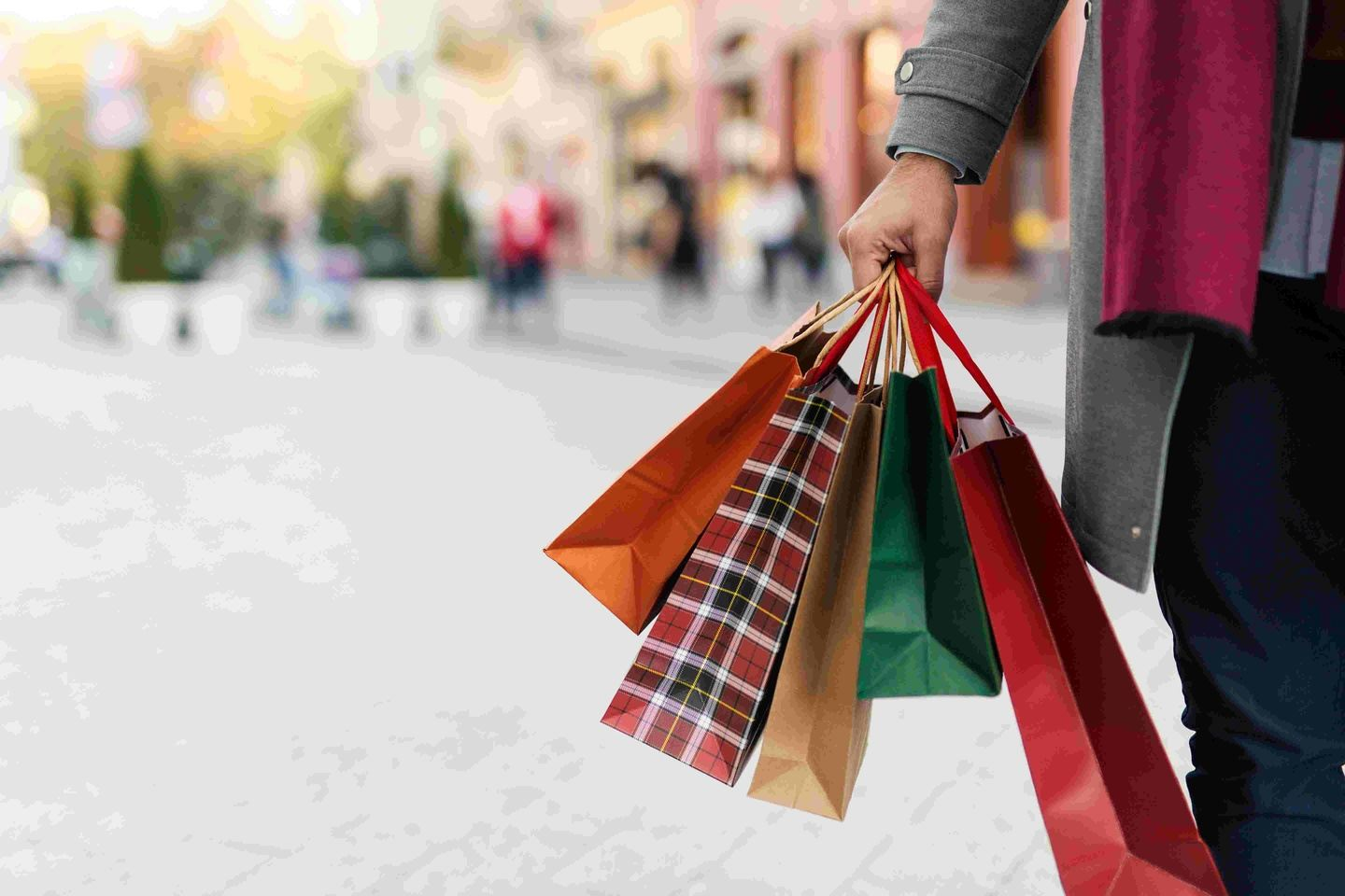 Here We Go Travel Presents a Thanksgiving Shopping Turnaround