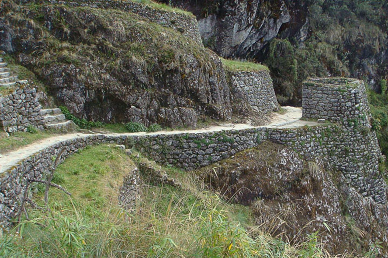 Inca trail to Machu Picchu 04 days
