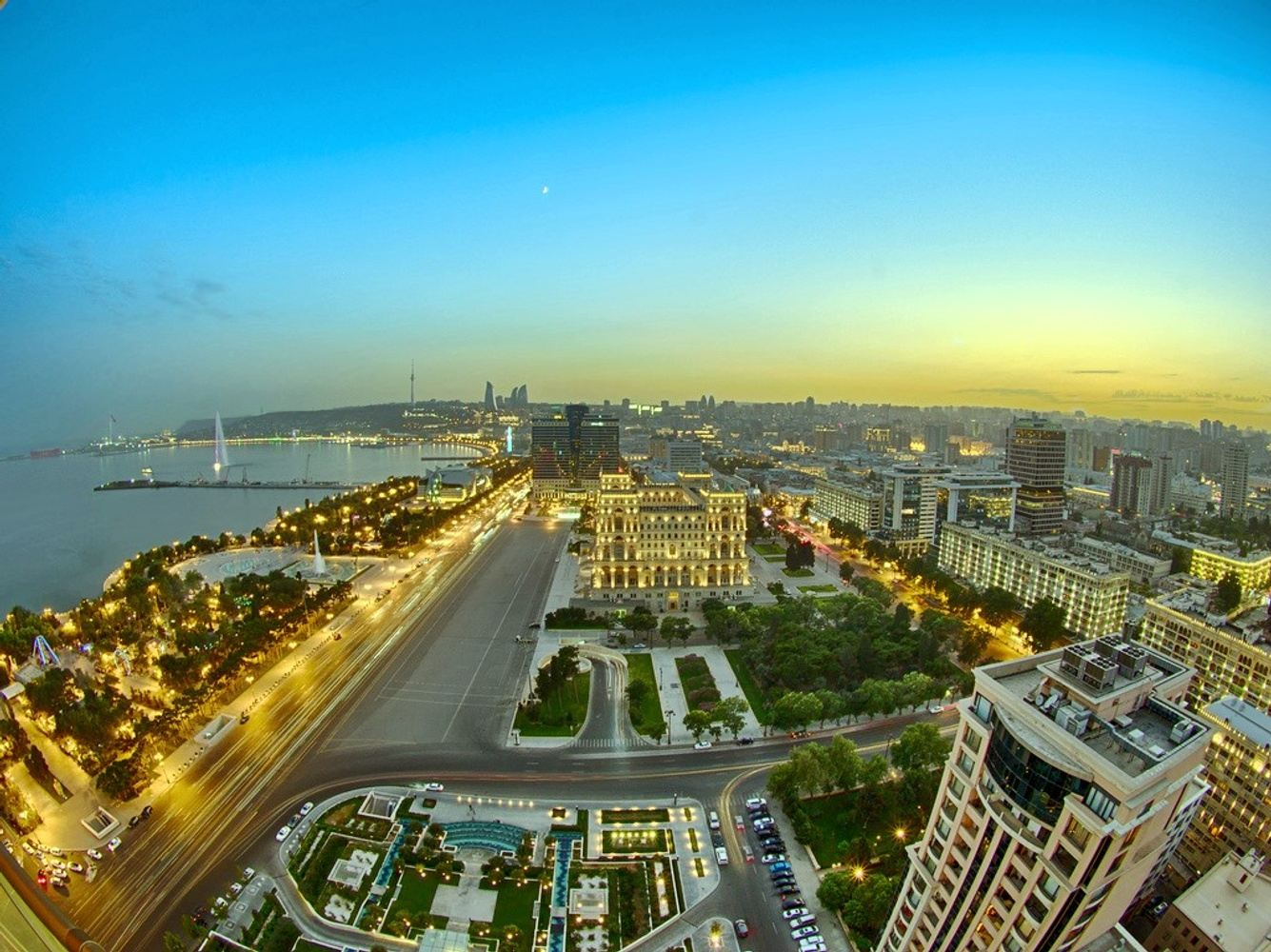 4 Days/3 Nights City of Winds and Fire tour (Baku)