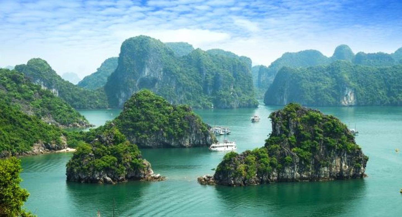Vietnam, Laos