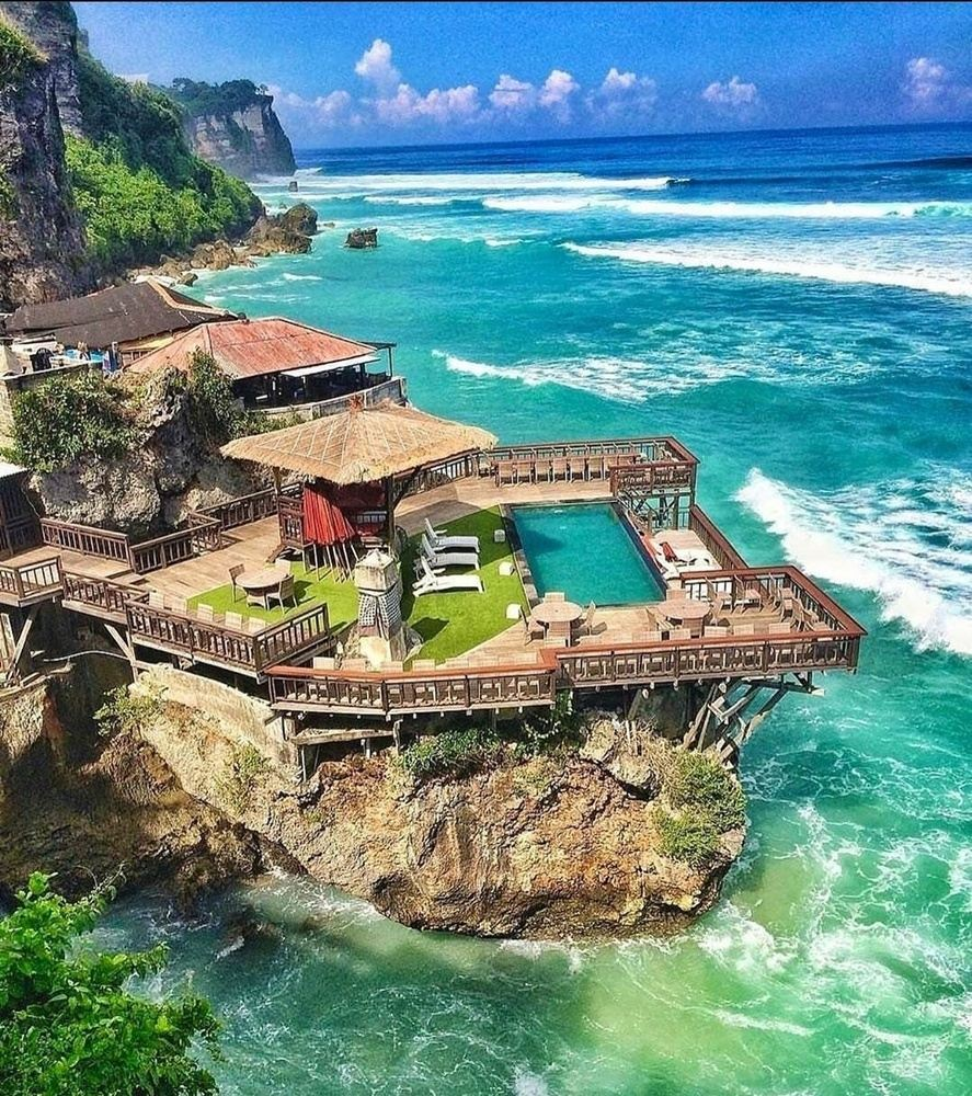 Luxury Bali & Dubai Retreat