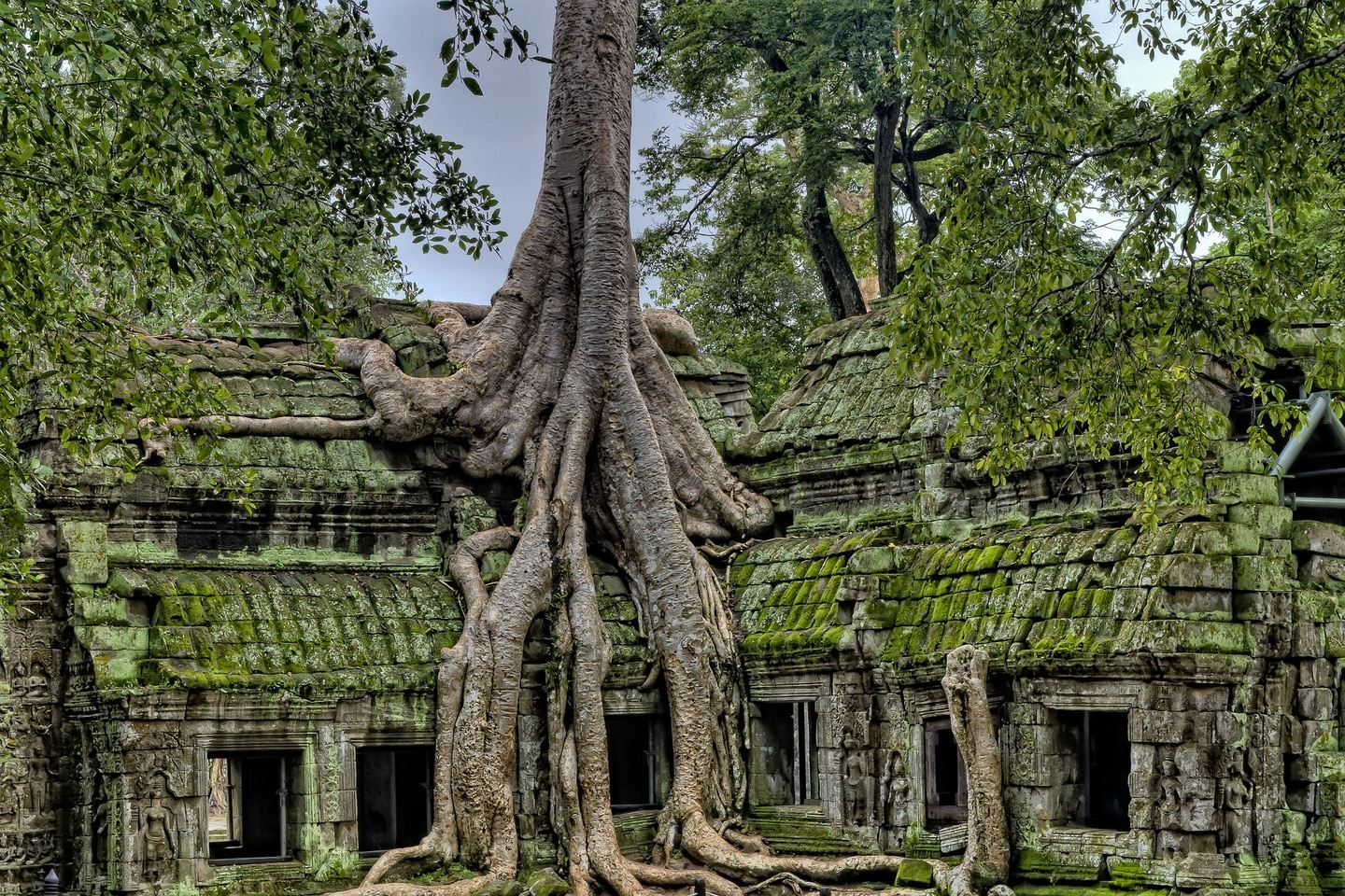 Private One Day Tour at Angkor Complex With Sunrise (Major Temples)