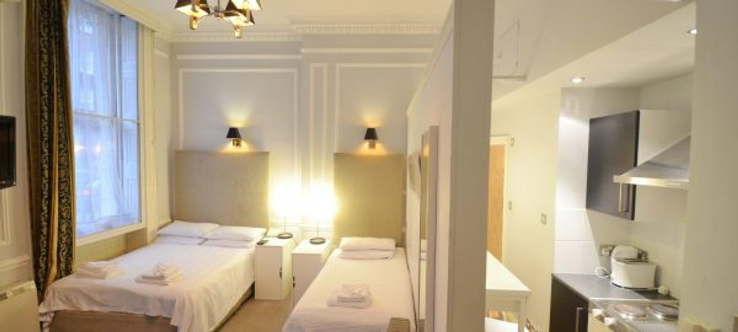 Planning to book a London apartment for rent? Approach Amber Residence
