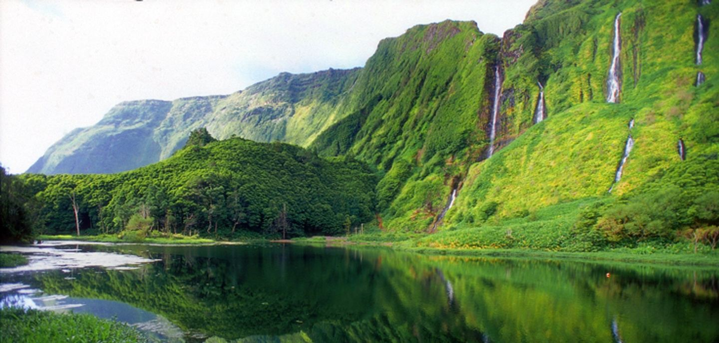 Azores adventure, blissfulness of the Flores  Island