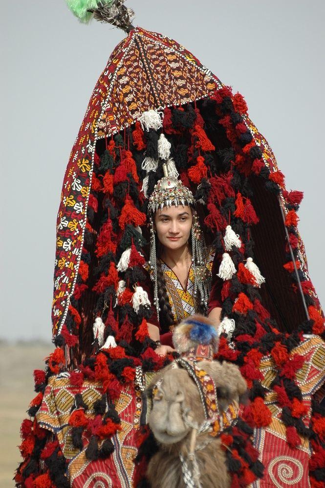 8-DAY TOUR TURKMENISTAN