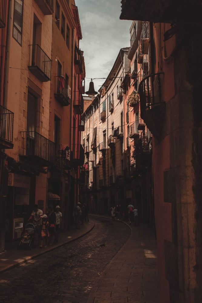 Goddess Culture: Escape to Espana