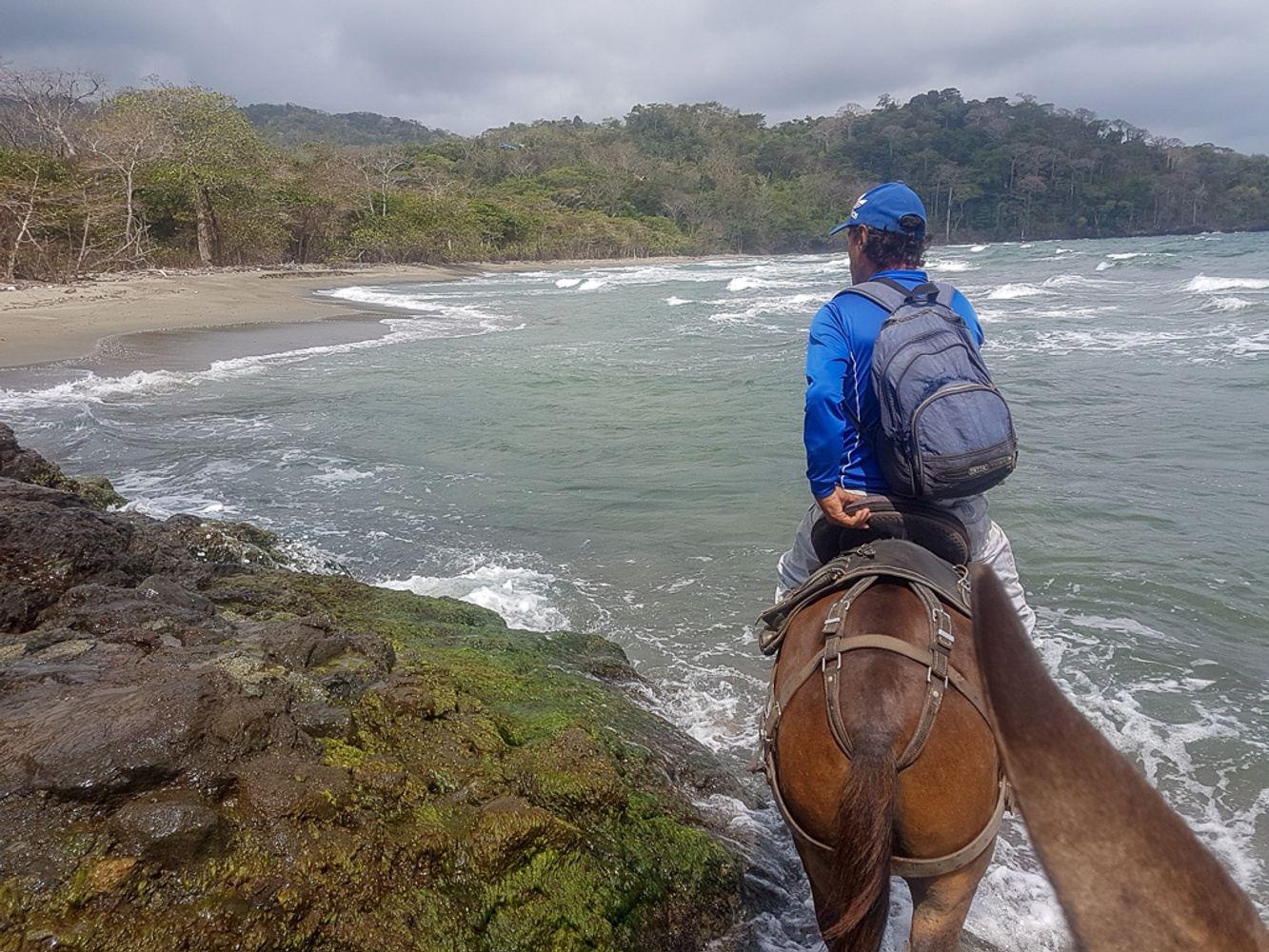 Titumate to Capurgana Horse riding