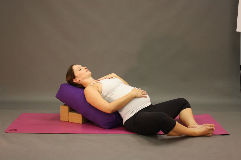 Online- Prenatal & Postnatal Yoga