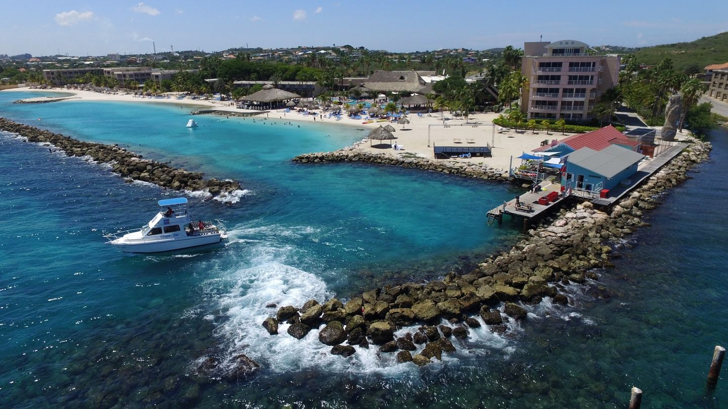 Ocean Encounters Diving and Sunscape Resort Curaçao