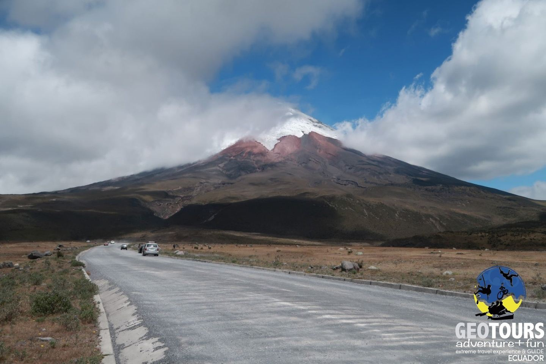 Hike & Bike Cotopaxi – Full Day Tour