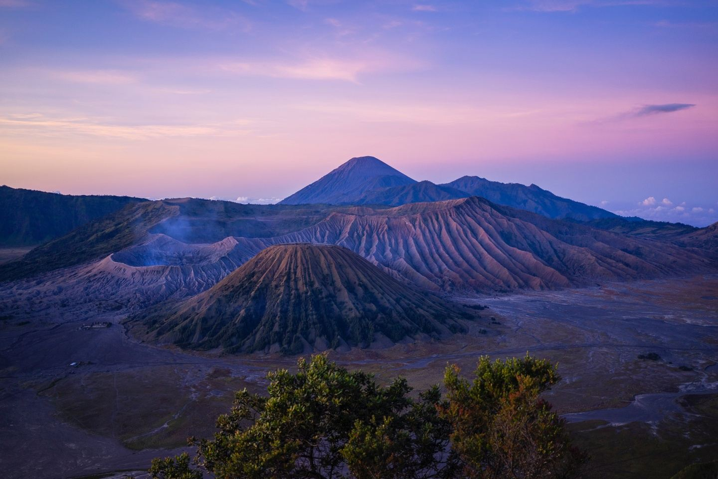 Explore Java and Bali with an Indonesian