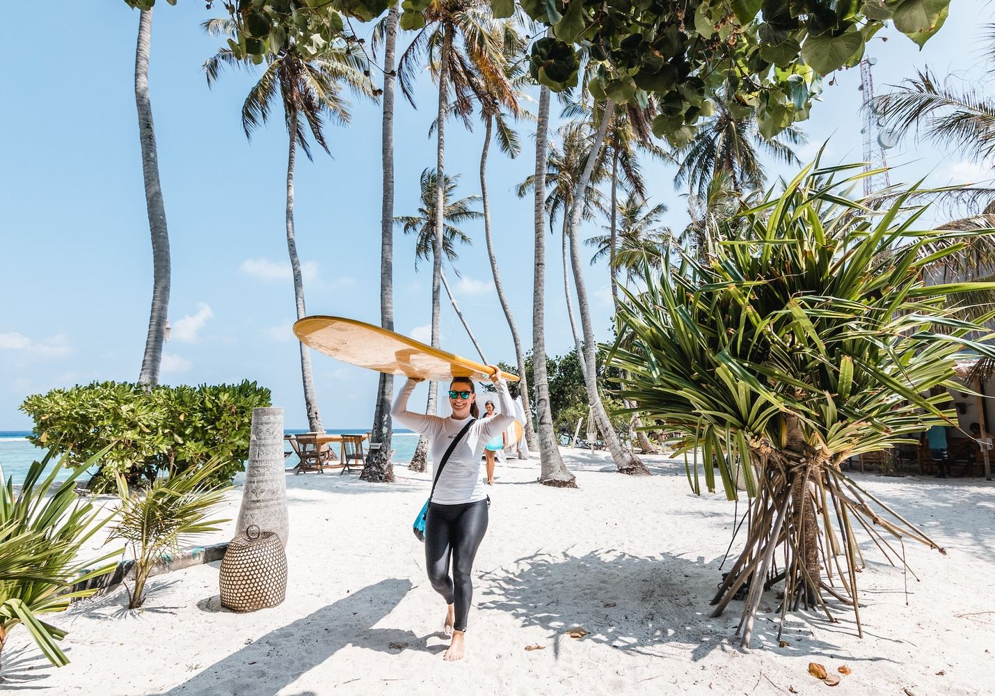 LEARN TO SURF MALDIVES : 8 DAY BEGINNER SURF LESSONS MALDIVES