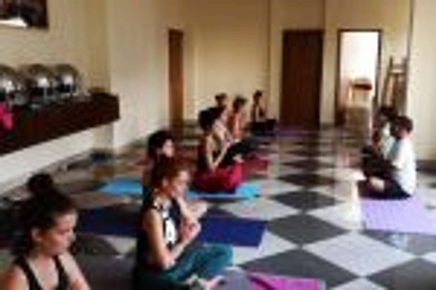 7 DAYS DETOX, YOGA & MEDITATION RETREAT IN RISHIKESH, INDIA