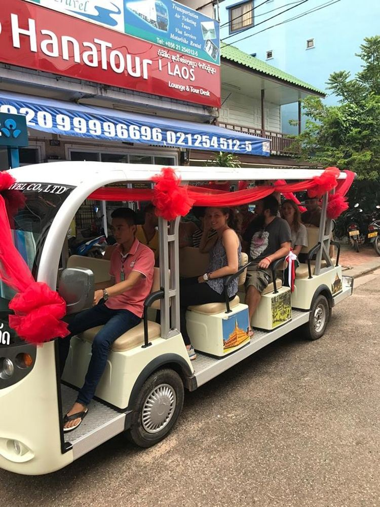 Vientiane Half Day Sightseeing with Electric Car