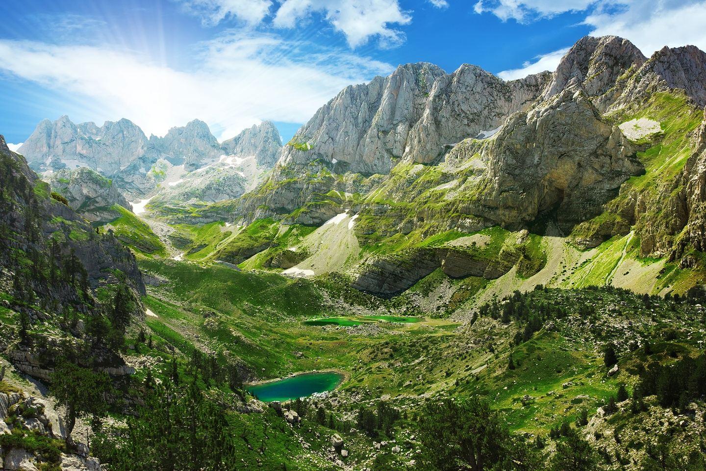Albania: Run the Accursed Mountains