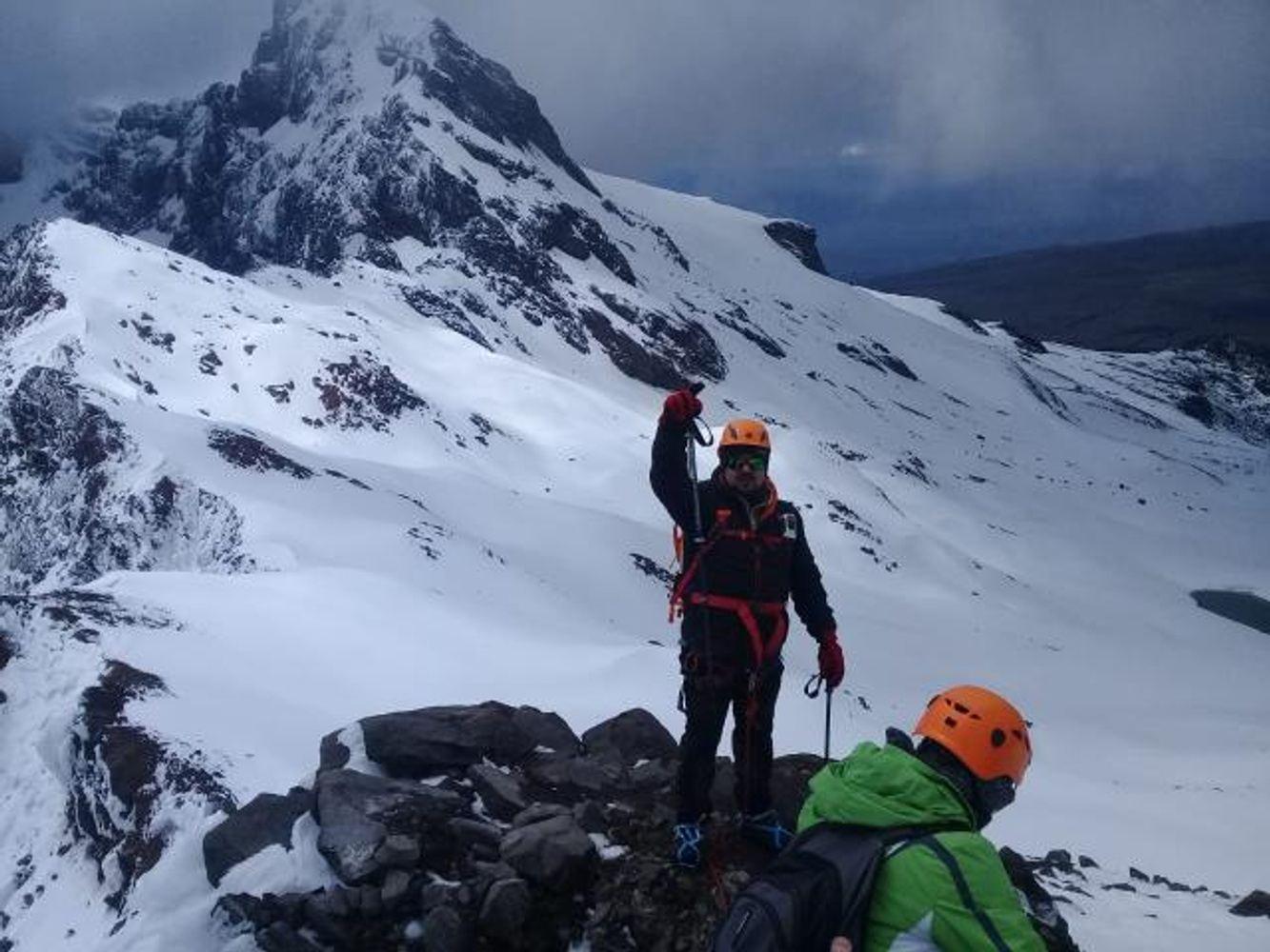 Mountain Climbing  - Carihuairazo  Promoción