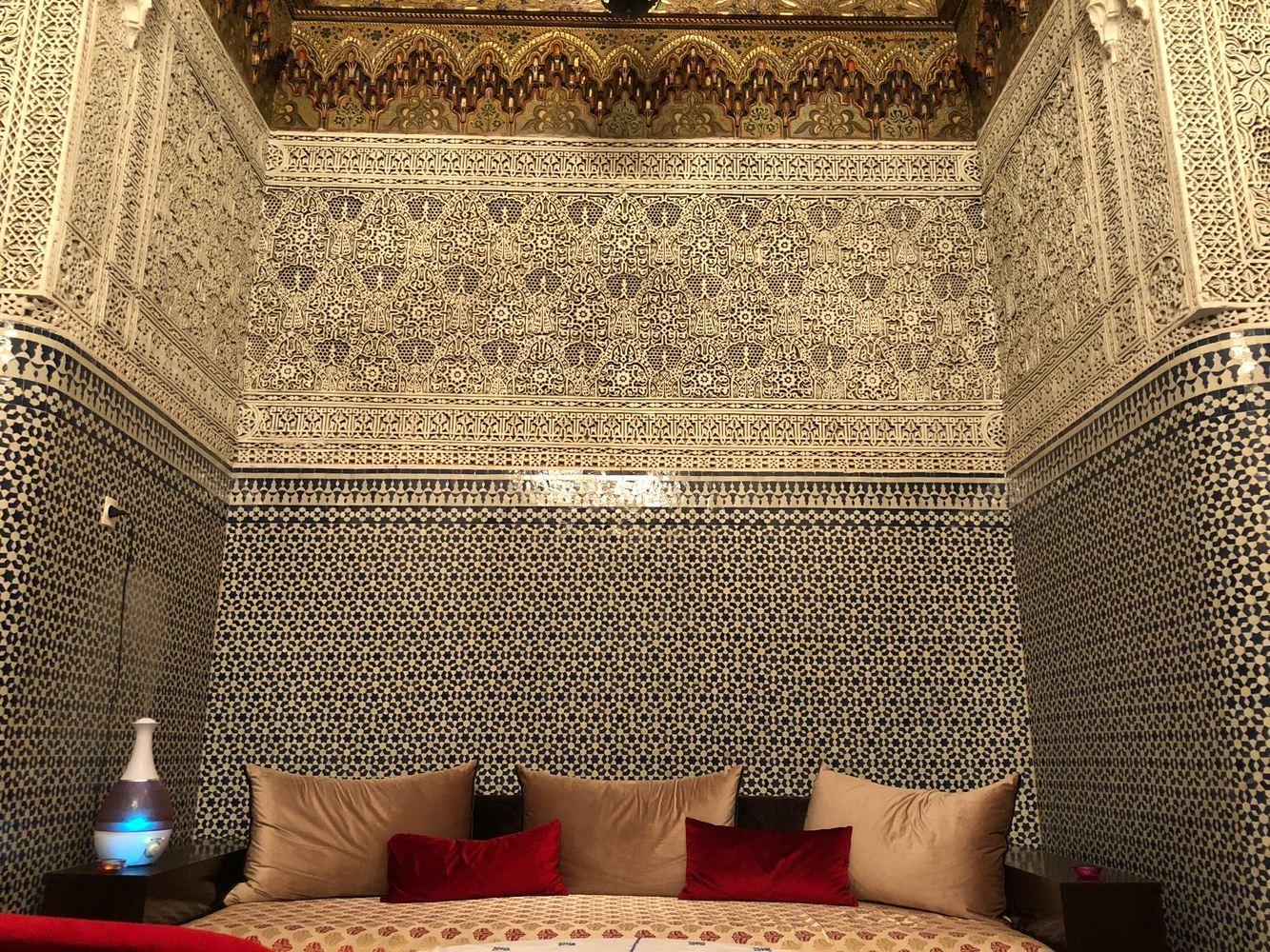 Escape to Casablanca and the Sahara Tour March 30 - April 8