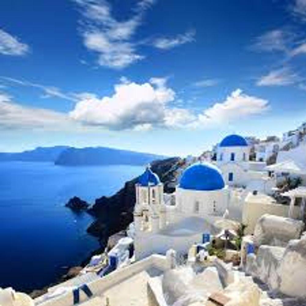 Yoga Retreat - Magical Santorini