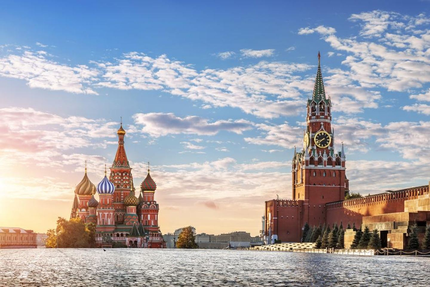 Learn Russian and Discover Moscow