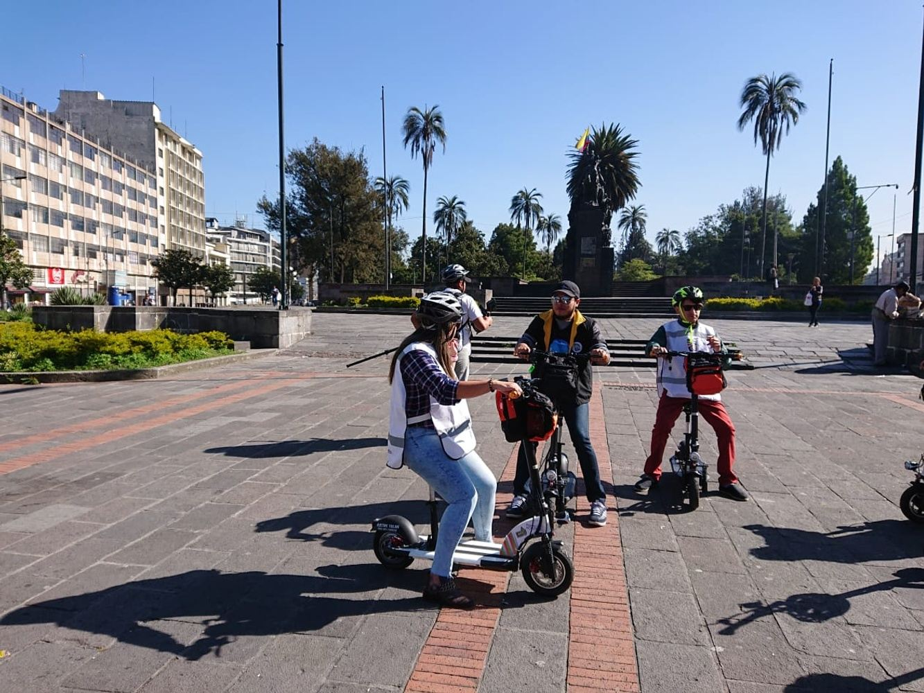Scooter Tour Quito Colonial