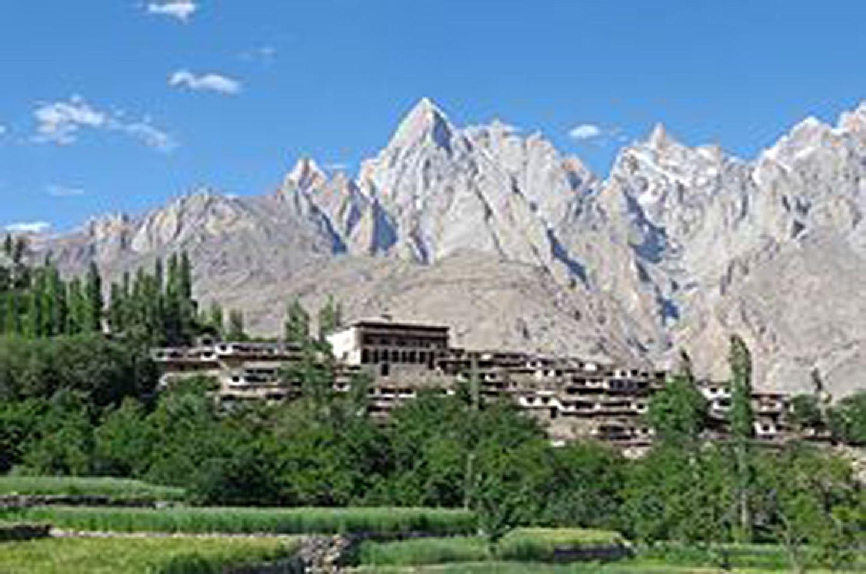 8 Days Overland Tour Hunza Gojal Valley Pakistan Asia